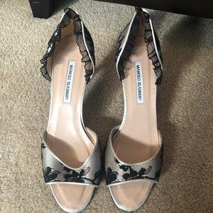Manolo Blahnik Shoes Kitten Heel Lace Size 41